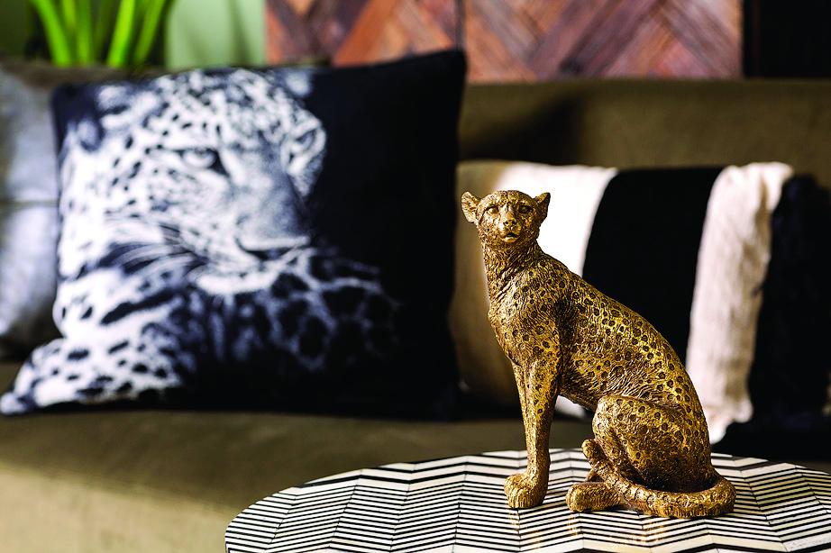 פסלי חיות פרא, פלורליס