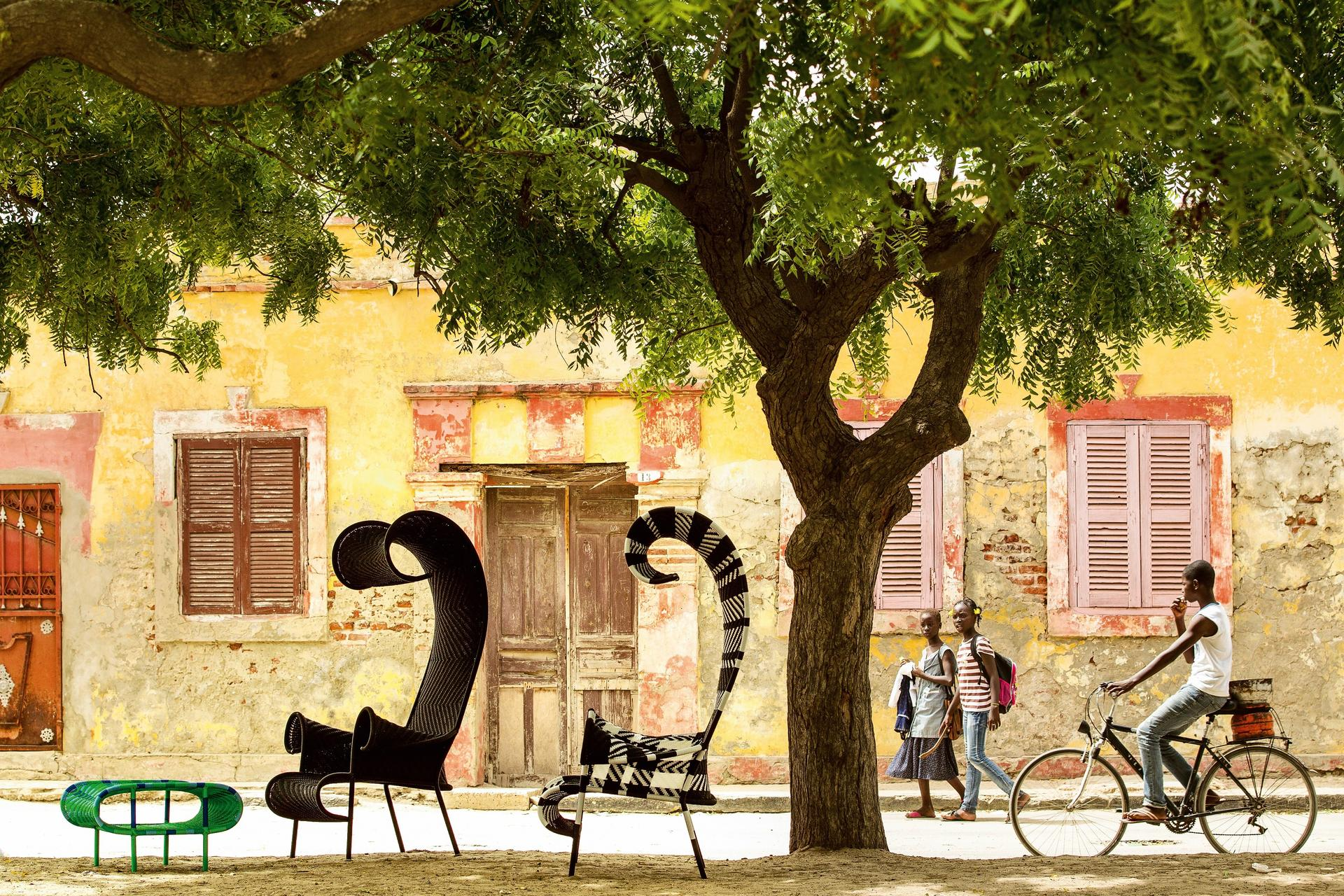 רון ארד עיצב כיסאות בהשראת אפריקה, Tollman's, Moroso