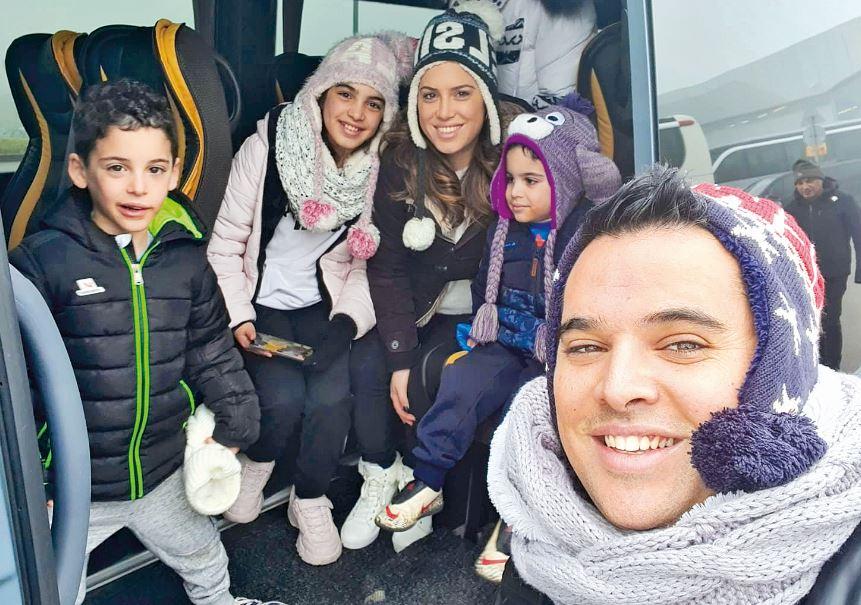 """""""לאחרונה התחלנו כל המשפחה לגלוש בסקי"""". משפחת לסרי"""