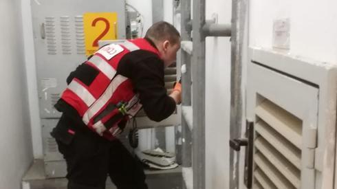 חילוץ טכנאי מעליות בפתח תקוה