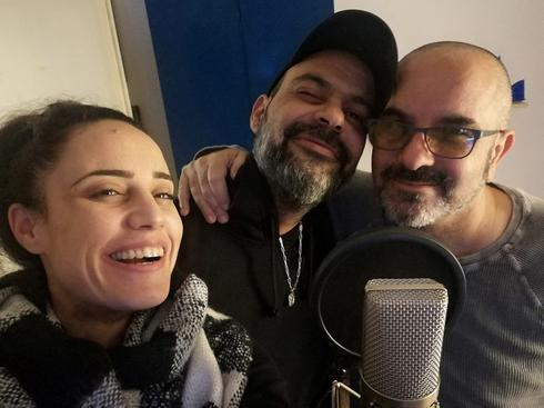 ענבל עמיר בניון ואודי תורג'מן המפיק של השיר