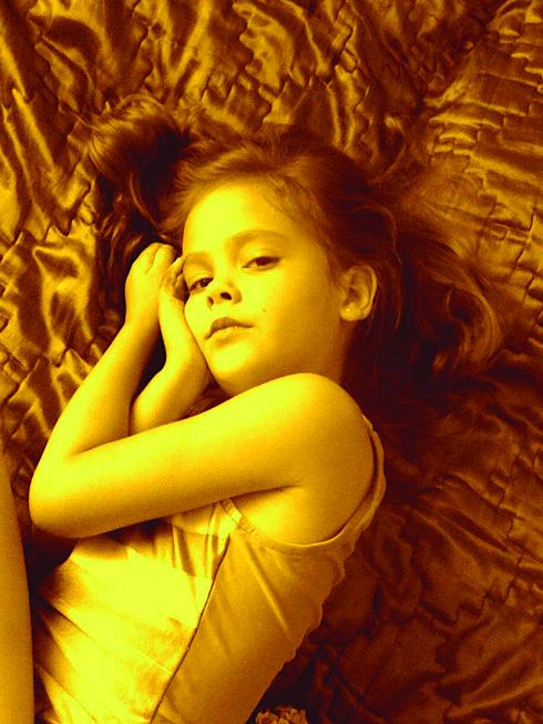 ג'קלין סלובודסקוי בילדותה. התגלתה בגיל 13
