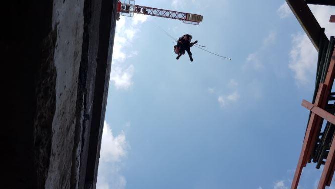 חילוץ מפעיל עגורן בחדרה