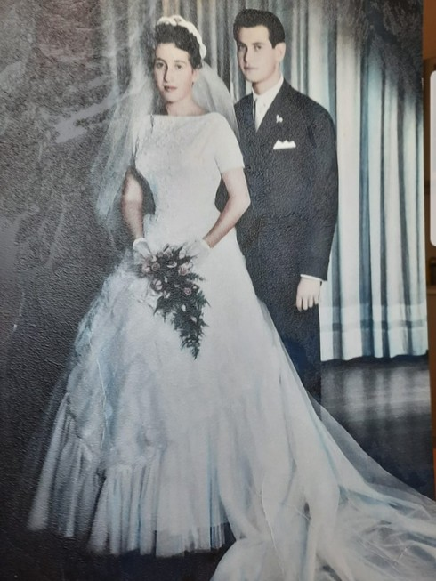 הזוג טננבאום ביום חתונתם