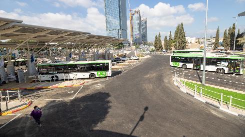 אוטובוס אוטובוסים פתח תקוה
