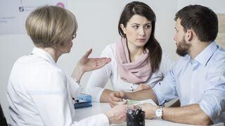 זוג טיפולי פוריות גבר אישה