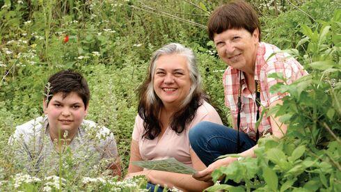 מימין: סיון, הראל ובנה