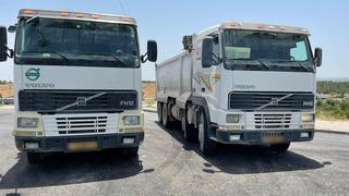 המשאיות הזהות שנתפסו בכביש 444
