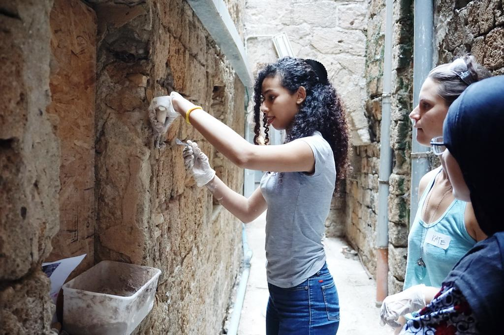 סדנת רפאות במרכז הבינלאומי לשימור. צילום: רשות העתיקות