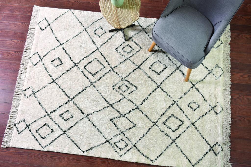 שטיח ברבר מרוקאי עם צורות גאומטריות. צמר שטיחים יפים